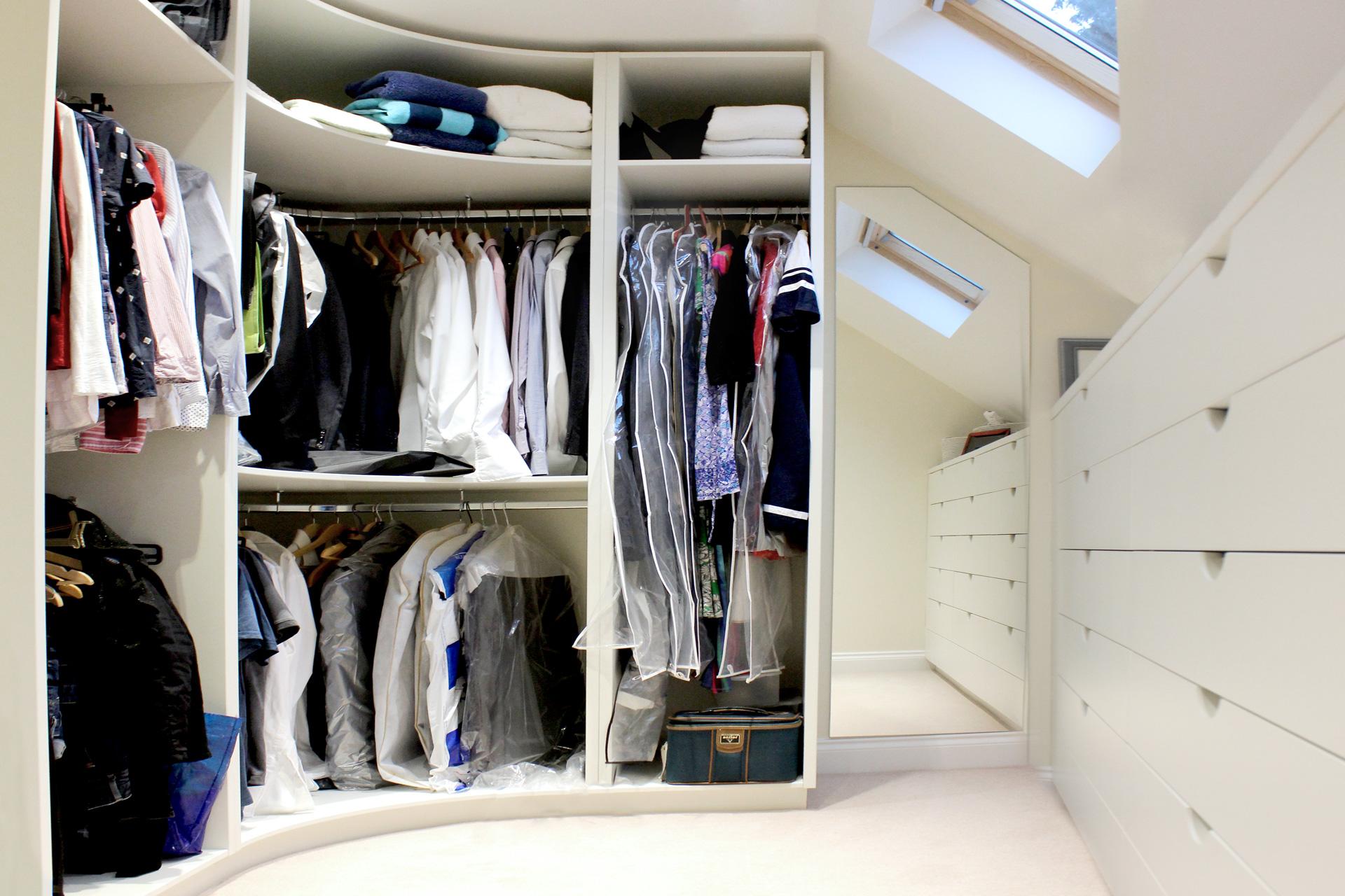 Walk-in-wardrobe1